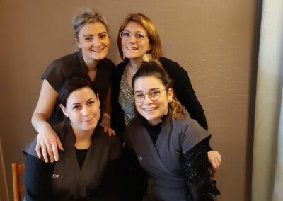 Équipe de l'institut de beauté d'Hélène